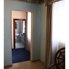 Отель Prague Golden Age Номер с общей ванной комнатой фото 27