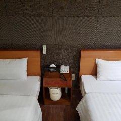 Hotel At Home 2* Стандартный номер с 2 отдельными кроватями