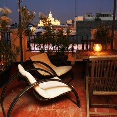 Hotel Plaza бассейн