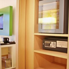 DoubleTree by Hilton Hotel Girona 4* Стандартный номер с различными типами кроватей фото 2
