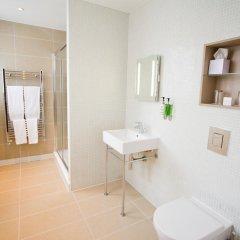 Отель TheWesley 4* Улучшенный номер с различными типами кроватей фото 8