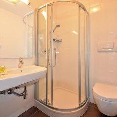 Отель Pension Dolomitenblick Лана ванная