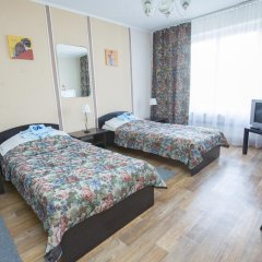 Гостиница Шахтер 3* Стандартный семейный номер с разными типами кроватей фото 4