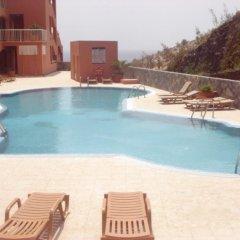 Отель Apartamento Vistas del Mar бассейн