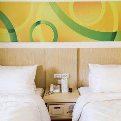 Отель Go Hotels Manila Airport Road 3* Стандартный номер с 2 отдельными кроватями фото 4
