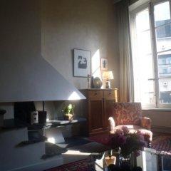Отель Living in Paris - Saint Pères Франция, Париж - отзывы, цены и фото номеров - забронировать отель Living in Paris - Saint Pères онлайн интерьер отеля фото 2