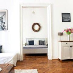 Апартаменты Romantic Downtown Apartments Будапешт комната для гостей фото 3