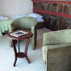 West Ada Inn Hotel 3* Люкс разные типы кроватей