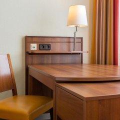 Отель Nh Belvedere Вена сейф в номере