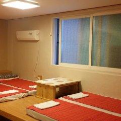 Отель Bong House Стандартный семейный номер с двуспальной кроватью фото 8
