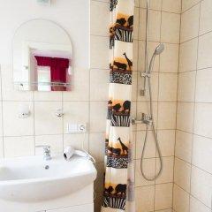 Отель Vilnius Guest House Стандартный номер с различными типами кроватей фото 6