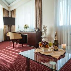 Отель Мелиот 4* Апартаменты фото 10