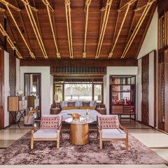Отель One&Only Reethi Rah 5* Вилла с различными типами кроватей фото 12