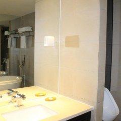 Отель Gangrun East Asia Hotel Китай, Гуанчжоу - отзывы, цены и фото номеров - забронировать отель Gangrun East Asia Hotel онлайн ванная