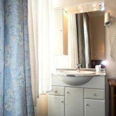 Hotel Continental Gare du Midi 2* Стандартный номер с различными типами кроватей фото 7