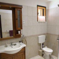 Отель Corona Villa Венгрия, Хевиз - отзывы, цены и фото номеров - забронировать отель Corona Villa онлайн ванная
