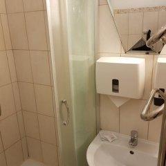 Apartment-hotel City Center Contrabas 3* Номер Эконом с 2 отдельными кроватями фото 11