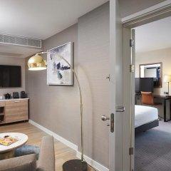 Отель DoubleTree By Hilton London Excel 4* Люкс повышенной комфортности с различными типами кроватей фото 6