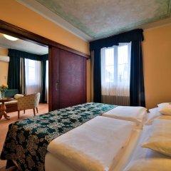 Best Western Plus Hotel Meteor Plaza 4* Стандартный номер с разными типами кроватей