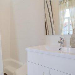 Отель The Imperial Guesthouse Португалия, Лиссабон - отзывы, цены и фото номеров - забронировать отель The Imperial Guesthouse онлайн ванная