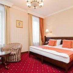 Гостиница Традиция 4* Стандартный семейный номер с разными типами кроватей