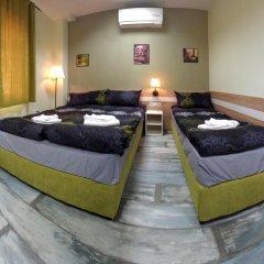 Отель Guest House the House Болгария, Боженци - отзывы, цены и фото номеров - забронировать отель Guest House the House онлайн комната для гостей фото 2