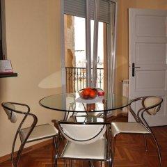 Апартаменты Slavija Charm Apartment Белград комната для гостей фото 5