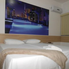 Отель Pousada Dubai бассейн