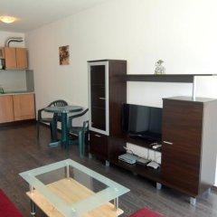 Отель VIP Apartment in Sunny Beach Болгария, Солнечный берег - отзывы, цены и фото номеров - забронировать отель VIP Apartment in Sunny Beach онлайн комната для гостей фото 2