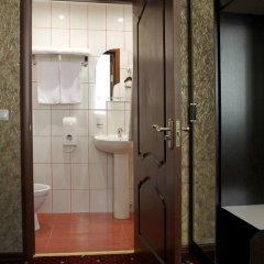 Гостиница Леонарт 3* Люкс с двуспальной кроватью фото 22