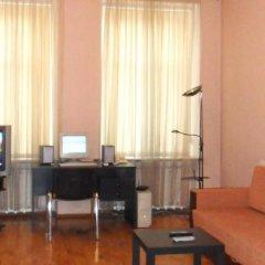 Апартаменты Ukraine Faire Apartments комната для гостей фото 2