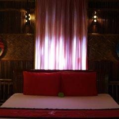 Отель Under the coconut tree Бунгало с различными типами кроватей фото 8