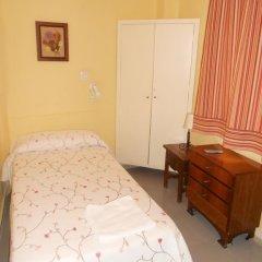 Отель Pension Perez Montilla 2* Стандартный номер с 2 отдельными кроватями (общая ванная комната) фото 5