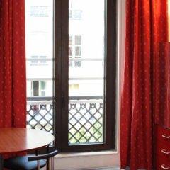 Отель Hôtel Des Halles Париж комната для гостей фото 4