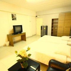 Отель At Home Phetkasem Таиланд, Бангкок - отзывы, цены и фото номеров - забронировать отель At Home Phetkasem онлайн комната для гостей фото 2