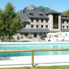 Hotel Camping Bielsa бассейн фото 2