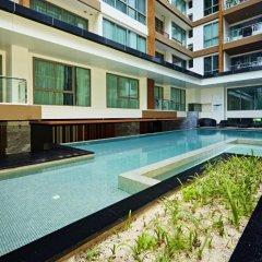 Отель The Urban City Center by MyPattayaStay бассейн