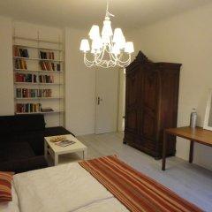 Отель Schönbrunn Park Apartement Австрия, Вена - отзывы, цены и фото номеров - забронировать отель Schönbrunn Park Apartement онлайн комната для гостей фото 4