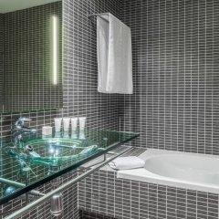 AC Hotel Madrid Feria by Marriott ванная