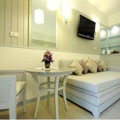 Отель Katathani Phuket Beach Resort 5* Номер Делюкс с двуспальной кроватью