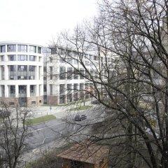 Апартаменты Bizzi Luxheart Of Old Town Apartment Варшава парковка
