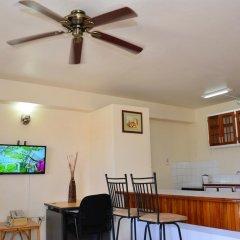 Отель El Greco Resort Ямайка, Монтего-Бей - отзывы, цены и фото номеров - забронировать отель El Greco Resort онлайн гостиничный бар