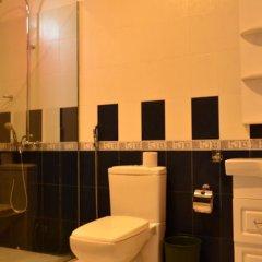 Отель Marina Bentota Шри-Ланка, Бентота - отзывы, цены и фото номеров - забронировать отель Marina Bentota онлайн ванная фото 2