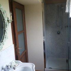Отель Maison des Roses Боссоласко ванная