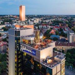 Отель Radisson Blu Sky Эстония, Таллин - 14 отзывов об отеле, цены и фото номеров - забронировать отель Radisson Blu Sky онлайн балкон