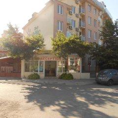 Апартаменты Tomi Family Apartments Солнечный берег парковка
