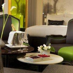 Renaissance Paris Hotel Le Parc Trocadero 5* Улучшенный номер с различными типами кроватей фото 2