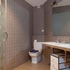 Отель Alcam Gold Испания, Барселона - отзывы, цены и фото номеров - забронировать отель Alcam Gold онлайн ванная фото 2