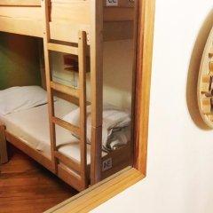 Envoy Hostel Кровать в общем номере с двухъярусной кроватью фото 9