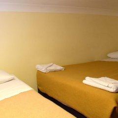 Pembridge Palace Hotel 3* Номер с общей ванной комнатой с различными типами кроватей (общая ванная комната)